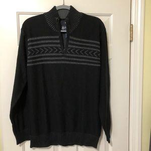 American Rag Designer gray & black sweater new M